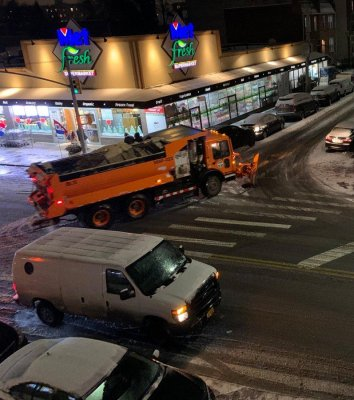 Brutal storm dumps wintry mix on northeastern interstates