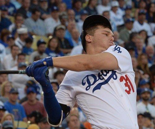 Joc Pederson, Yasmani Grandal power Los Angeles Dodgers in rout of San Diego Padres
