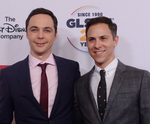 'Big Bang Theory' star Jim Parsons weds Todd Spiewak