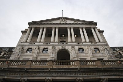 Bank of England cuts interest rate as COVID-19 spreads through EU