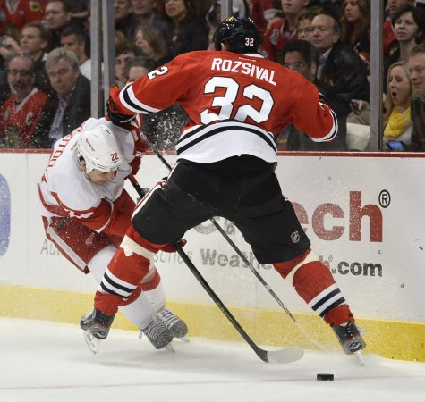 Video of AHL player Jordin Tootoo giving away his stick goes viral