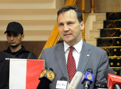Polish foreign minister scorns U.S.-Poland relations in leaked tape
