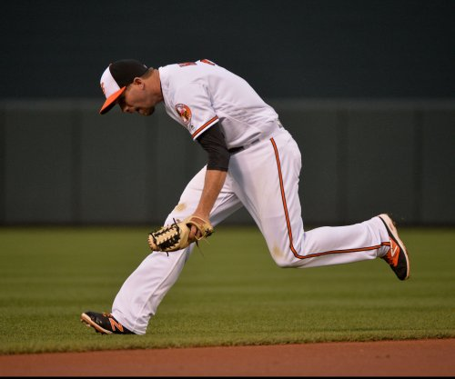 Baltimore Orioles' J.J. Hardy suffers fractured foot