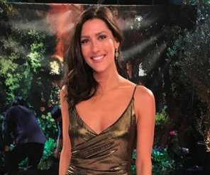 'The Bachelorette': Becca Kufrin smiles in Season 14 promo