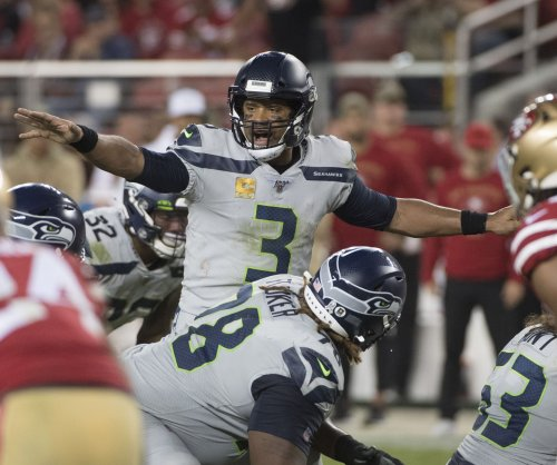 Russell Wilson, Seahawks hand 49ers first loss on MNF