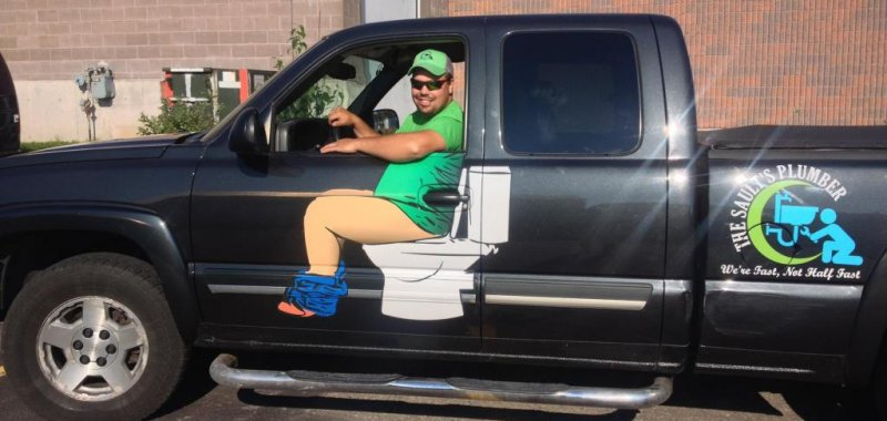 Look Plumber S Truck Painted To Look Like Driver Is Pooping Upi Com