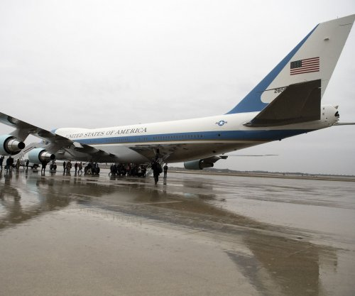 Boeing tells Trump new Air Force Ones will come in under $4B