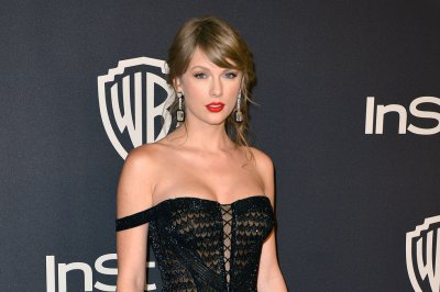 Taylor Swift says nostalgia inspires songs: 'I love preserving memories'