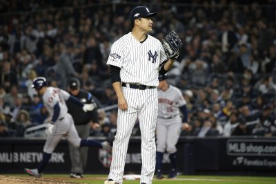 Yankees' Tanaka returns after taking 112-mph line drive to head