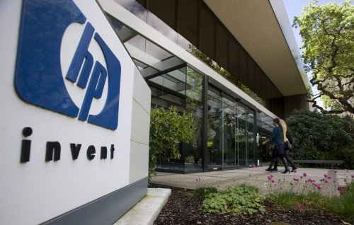 Hewlett-Packard announces split into two companies