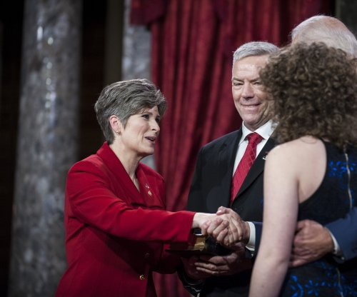 New Sen. Joni Ernst to deliver GOP response to Obama