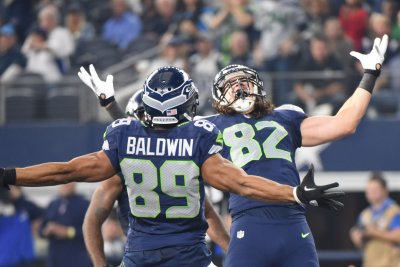 Seahawks grind out crucial win over Cowboys