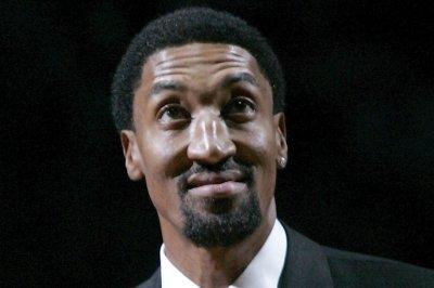 Scottie Pippen: '96 Chicago Bulls would sweep 2016 Golden State Warriors