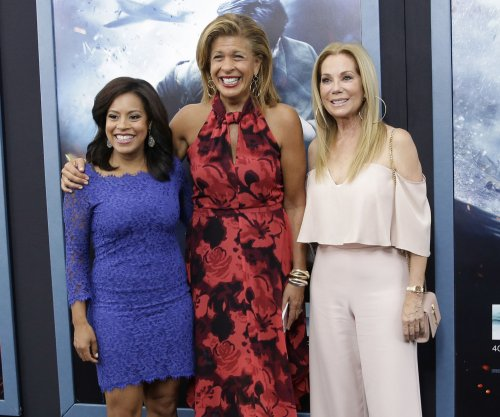 Kathie Lee Gifford honors Hoda Kotb: She 'made me a better person'