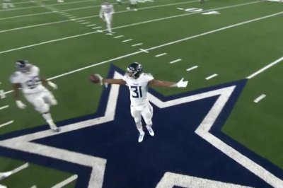 Titans' Kevin Byard channels T.O., dances on Cowboys star