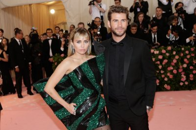Miley Cyrus says 'very public' divorce from Liam Hemsworth 'sucked'