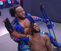 WWE Raw: Kofi Kingston faces Randy Orton, Bobby Lashley on same night