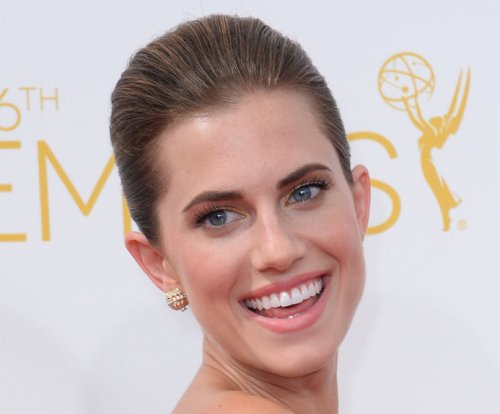 Allison Williams loves cringeworthy sex scenes on 'Girls'