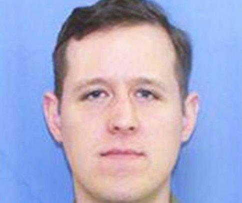 Prosecutors seek death penalty for accused Pa. trooper killer