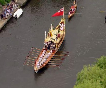 New British statue unveiled, boats sail the Thames for Magna Carta's 800th