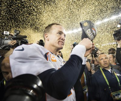 Peyton Manning: No retirement decision yet