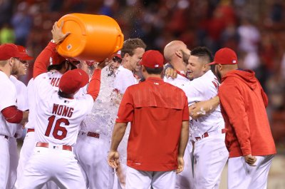 St. Louis Cardinals rally in ninth to defeat Philadelphia Phillies