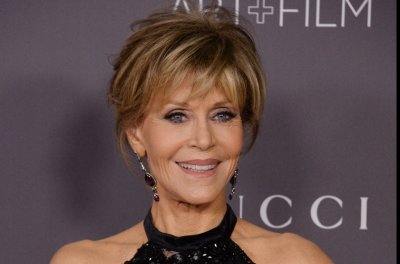 Jane Fonda celebrates 80th birthday at star-studded fundraiser