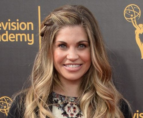 'Boy Meets World' alum Danielle Fishel engaged to producer