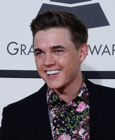 Jesse McCartney still gets carded at bars, is turned away for lack of ID