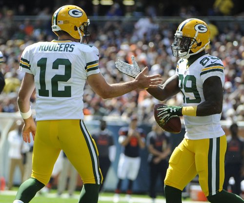 Aaron Rodgers, Green Bay Packers keep Seattle Seahawks winless
