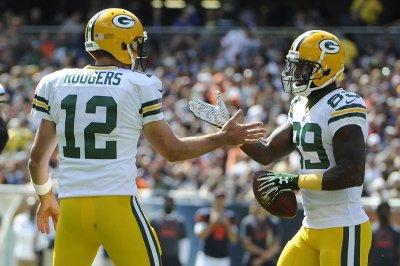 Aaron Rodgers, Green Bay Packers keep Seattle Seahawks winless