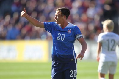 USMNT midfielder responds to comments by former USWNT's Abby Wambach