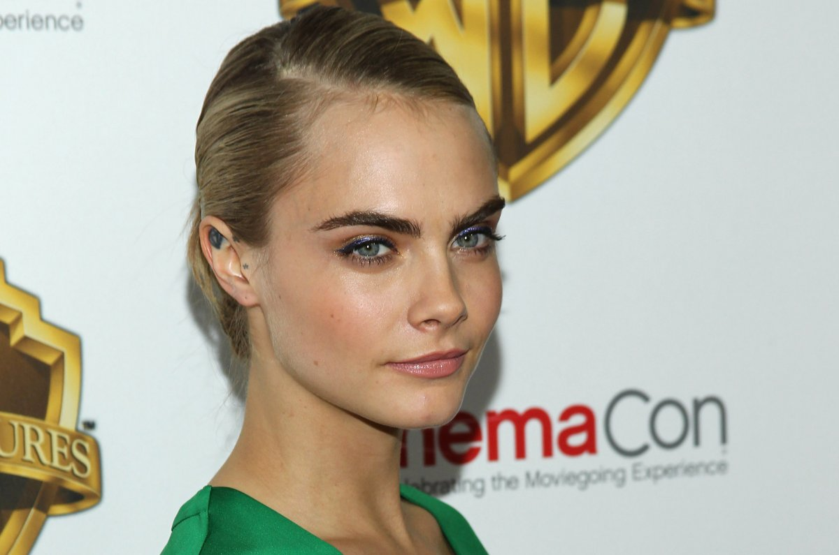 cara delevingne, rimmel london partner up - upi