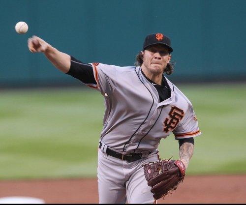 Roy Oswalt News