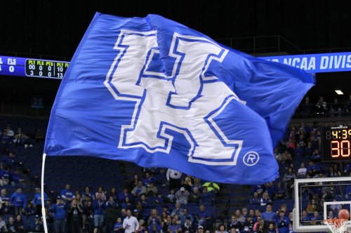 Top 25 roundup: No. 5 Kentucky Wildcats rebuff Mississippi State Bulldogs