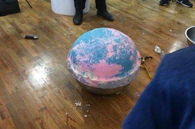 Indiana store creates world's largest bath bomb