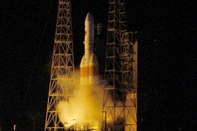 Parker Solar Probe heads toward sun after morning liftoff