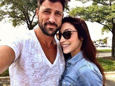 Maksim Chmerkovskiy reunites with Meryl Davis in Instagram pic