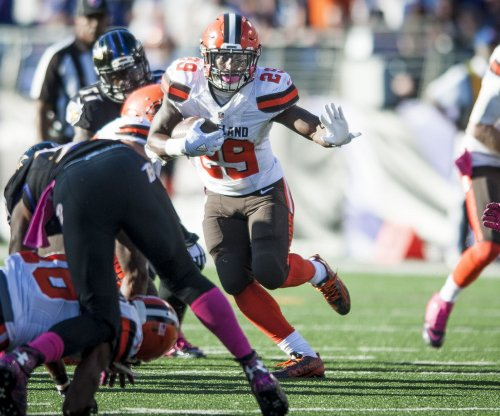 Cleveland Browns coach Hue Jackson likes his RB group