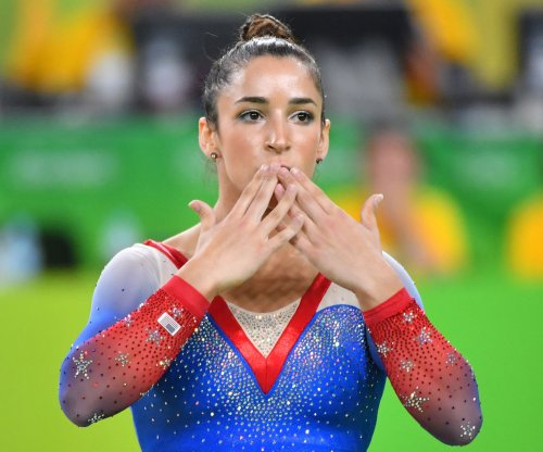 Aly Raisman wants to date Oakland Raiders tight end