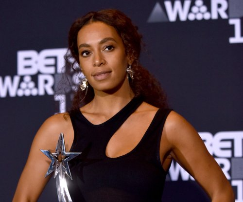 Solange wins the Centric Award at 2017 BET Awards: 'Best birthday ever'