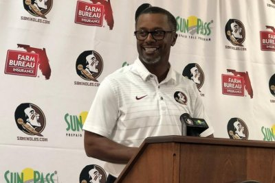 FSU Seminoles fans set up GoFundMe accounts to buy out Willie Taggart