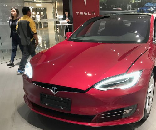 Tesla buys Maxwell Technologies for $200M to drive down battery cost