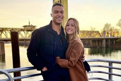 'Bachelorette' couple Clare Crawley, Dale Moss split up