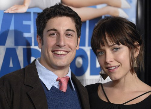 Jason Biggs and Jenny Mollen marry