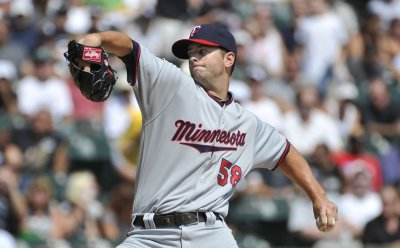MLB: Minnesota 11, Chicago Cubs 3