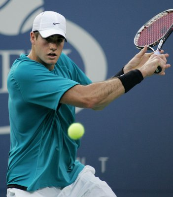 Isner has hands full with world's No. 585