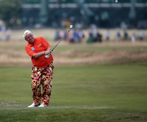 Holmes, Hicks lead Daly, Furyk at Pro-Am