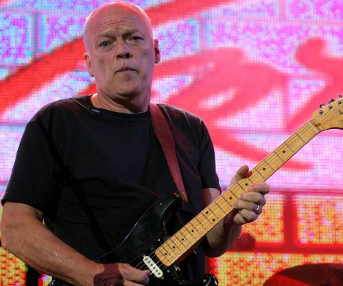 Pink Floyd's Gilmour performs in Popeii for first time in 45 years