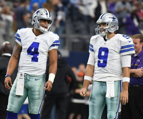 Dallas Cowboys: Aikman 'dumbfounded' by Jerry Jones' unending commentary on QB situation